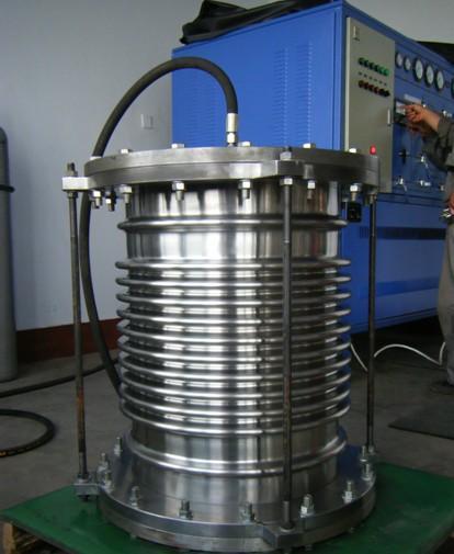 波纹管补偿器耐压实验
